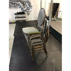 Lot of Chairs (6)
