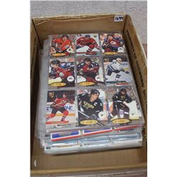 900 Hockey Cards In Binder Pages
