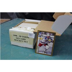 1998-99 Topps Hockey Card Set (242 Cards)