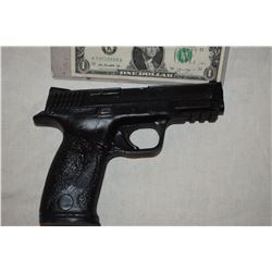 GUN PISTOL STUNT RUBBER FROM UNKNOWN PRODUCTION 09