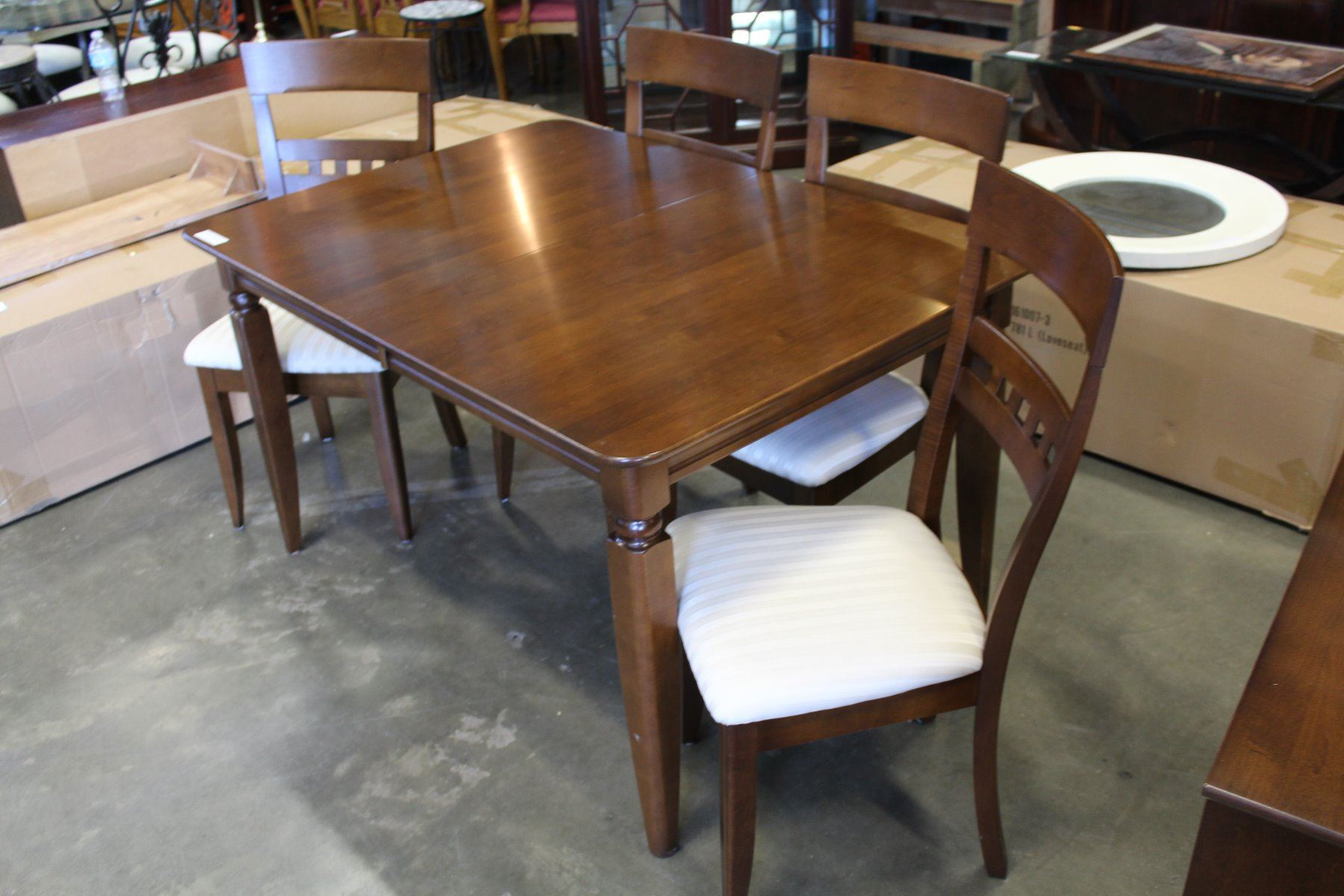 Image 3 ROXTON TEMPLE STUART MODERN DINING TABLE 4 CHAIRS LEAF