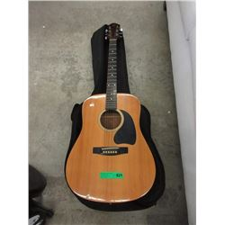 R Acoustic Guitar with Soft Case