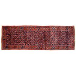 Handmade Persian/Oriental Carpet