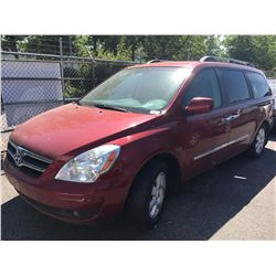 2007 HYUNDAI ENTOURAGE, PASS VAN, RED, VIN # KNDMC233X76035078