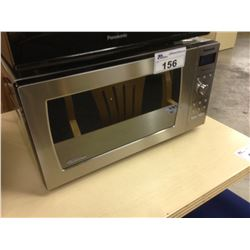 PANASONIC COUNTERTOP HIGH POWER DIGITAL MICROWAVE, STAINLESS STEEL, USED