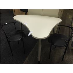 LOT OF 4 HERMAN MILLER RADIUS MOBILE UTILITY TABLES AND TWO BLACK CLIENT CHAIRS