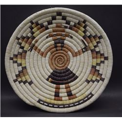 HOPI BASKETRY TRAY (KOOTSATEWA)