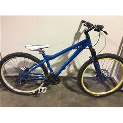 BLUE GARY FISHER 24 SPEED FRONT SUSPENSION MOUNTAIN BIKE WITH FULL DISC BRAKES