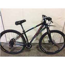 BLACK GT KARAKORAM 27 SPEED FRONT SUSPENSION MOUNTAIN BIKE WITH FULL DISC BRAKES