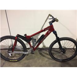 RED BANSHEE SCREAM FULL SUSPENSION MOUNTAIN BIKE