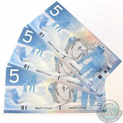 3 x 2002 Replacement $5.00 Notes with Prefix HNR(9.560M-9.900M) and Consecutive Serial Numbers. 3 pc