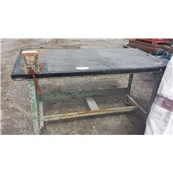 Work Table with Bench Vise