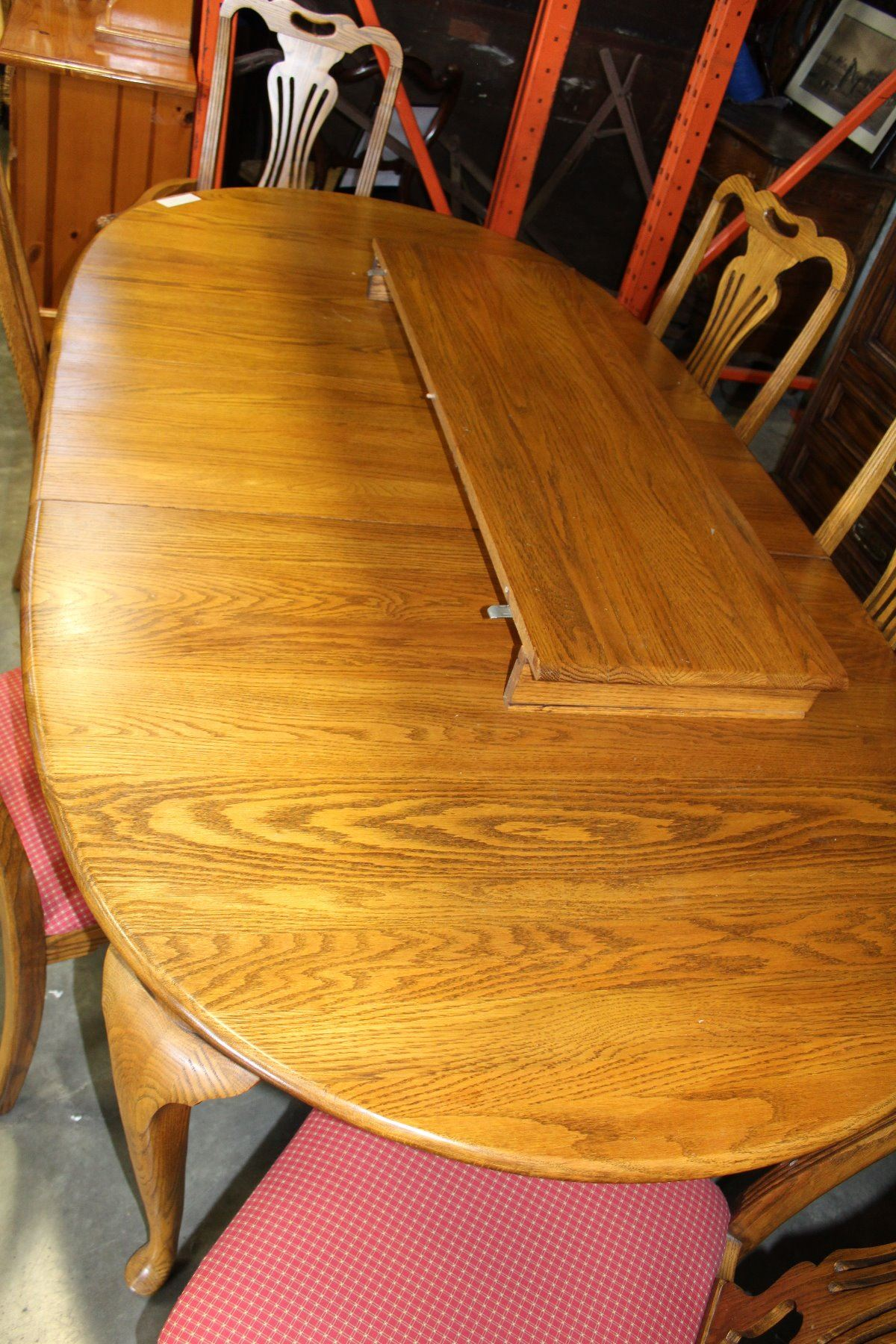 Image 3 JAMESTOWN STERLING SOLID OAK DINING TABLE W 2 LEAFS 6 CHAIRS