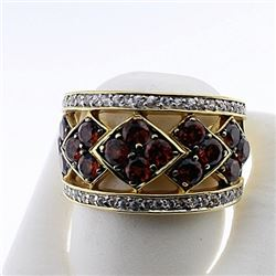 SILVER RING WITH GARNET AND WHITE TOPAZ