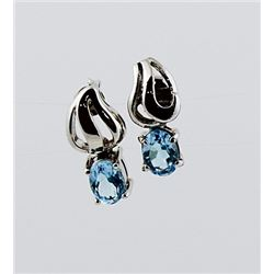 SILVER EARRING WITH BLUE TOPAZ