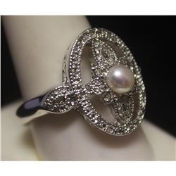 Beautiful Pearl & Diamonds Silver Ring