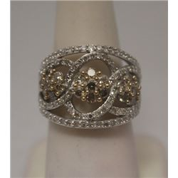 Beautiful Champagne & White Diamonds Silver Cape Ring