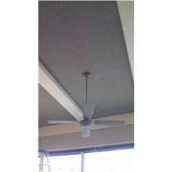White 4-Blade Ceiling Fan
