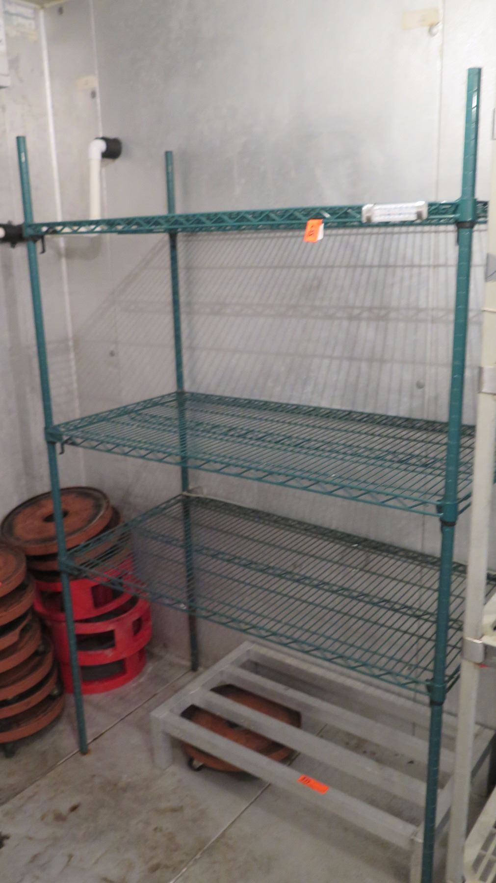 Green Wire Shelving Unit - 5 Shelves Approx. 47.5\