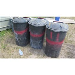 Qty 3 Large Rubber/Plastic Commercial Utility Bins