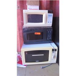Qty 3 Microwave Ovens: Sharp, Emerson, Sanyo