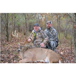 """3 Day Estate Whitetail Deer Hunt for One Hunter and One Non-Hunter, 10 point up to 150"""" - Clare, Mic"""
