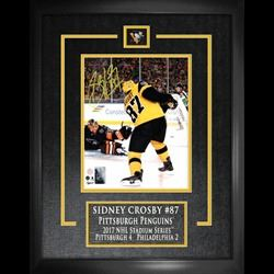 Sidney Crosby Signed 8x10 Etched Mat Penguins 2017 Stadium Series Scoring-V