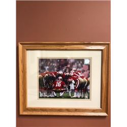 "JOE MONTANA SIGNED 8"" X 10"" FRAMED PHOTO (12"" X 15"" W/ FRAME)"