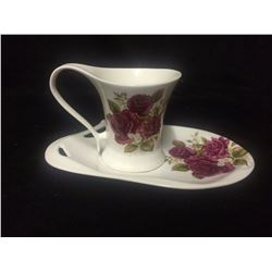 ROYAL ELFREDA ACE CURVEDRED POPPIES CUP & SAUCER (ALLISON LL DESIGN MINT)