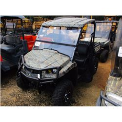 JOHN DEERE XUV 550 UTILITY VEHICLE, VIN/SN:M0KT033032576 - 4X4, GAS ENGINE, CANOPY, WINDSHIELD, METE