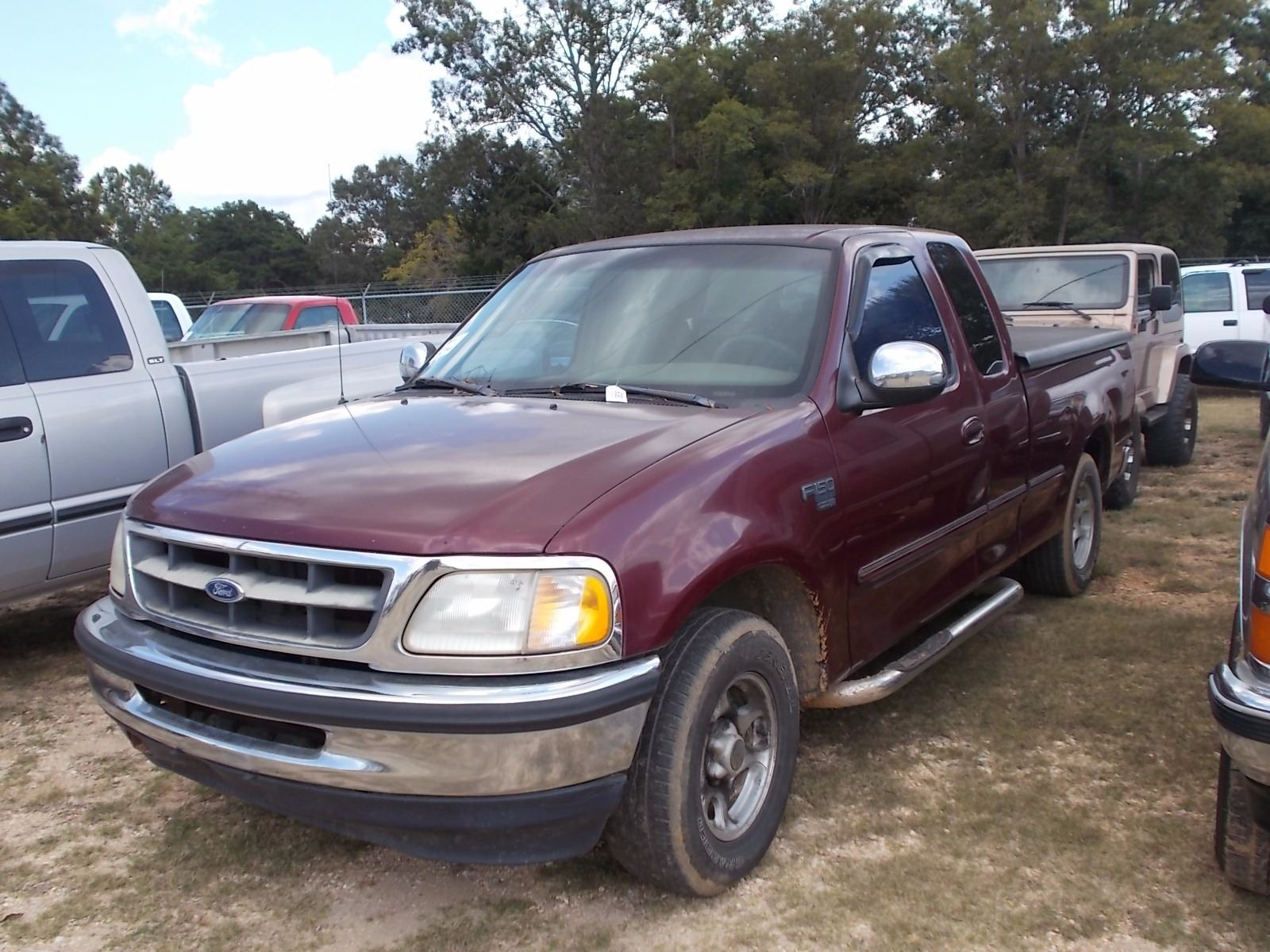 1998 ford f150 pickup vin sn 1ftzx17w9wnc05864 ext cab v8 triton gas engine a t bed cover odo. Black Bedroom Furniture Sets. Home Design Ideas