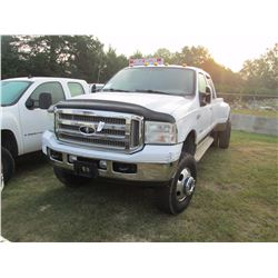 2005 FORD F350 KING RANCH DUALLY, VIN/SN:1FTWW33PX5EC31582 - 4X4, CREW CAB, FORD POWER STROKE DIESEL