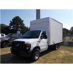 2010 FORD E350 BOX TRUCK, VIN/SN:1FDSS3HL2ADA83603 - V8 GAS ENG, A/T, 12' BOX BODY, REAR TOMMY LIFT