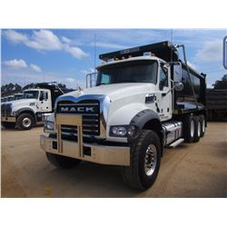 2017 MACK GU713 DUMP, VIN/SN:1M2AX07C4HM034684 - TRI-AXLE, 455HP MACK MP8 ENGINE, CAK T310M 10 SPD T