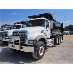 2017 MACK GU713 DUMP, VIN/SN:1M2AX07C9HM034194 - TRI-AXLE, 455 HP MACK MP8 ENGINE, 10 SPD MACK T310M