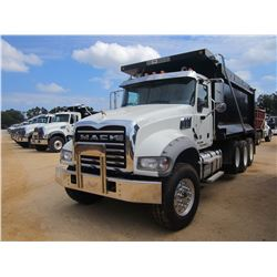 2016 MACK GU713 DUMP, VIN/SN:1M2AX09C7GM025246 - TRI-AXLE, 425HP MACK MP8 ENGINE, MACK T310M 10 SPD