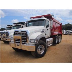 2013 MACK GU713 DUMP, VIN/SN:1M2AX04C8DM016283 - TRI-AXLE, 405 HP MACK MP7 ENGINE, MACK T310M 10 SPD