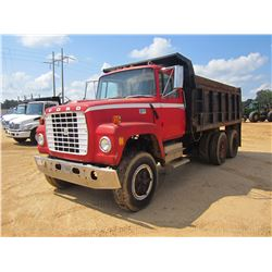 FORD 800 DUMP, - T/A, CUMMINS DIESEL ENGINE, 8 SPD TRANS, 14' STEEL DUMP BODY, 10.00R-20 REAR TIRES,