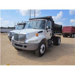 2005 INTERNATIONAL 4300 DUMP, VIN/SN:1HTMMAAN55H698512 - S/A, INTL DIESEL ENG, A/T, 29,000# GVW, AIR
