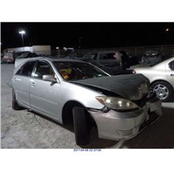 2005 - TOYOTA CAMRY // SALVAGE TITLE