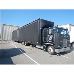 1997 PETERBILT 362 CAR CARRIER TRUCK VIN/SN:1NP6LB9X4VD610120 T/A, CAT ENGINE, 10 SPEED TRANS, 38K R