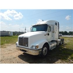 2000 INTERNATIONAL 9400I TRUCK TRACTOR VIN/SN:2HSCNASRXYC087773 T/A, CAT C15 435HP ENGINE, 10 SPD TR