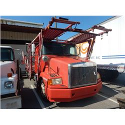 1998 VOLVO WAH64 CAR CARRIER TRUCK VIN/SN:4VHWDBGH0WN748607 T/A, 425 HP VOLVO D12 ENGINE, 10 SPEED T