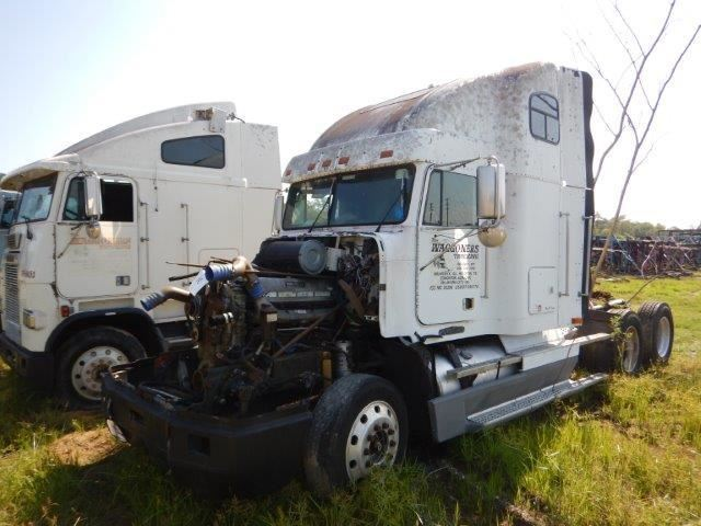 Image 1 1996 FREIGHTLINER FLD TRUCK TRACTOR VIN SN1FUYDSEB5TH826497 T A