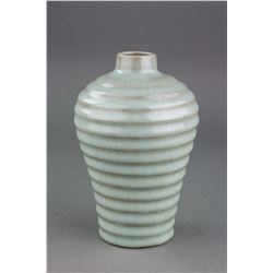 Chinese Song Style Crackle Celadon Porcelain Vase