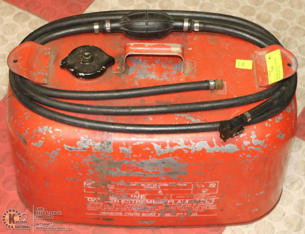 Portable boat outboard motor gas tank for Gas tanks for outboard motors