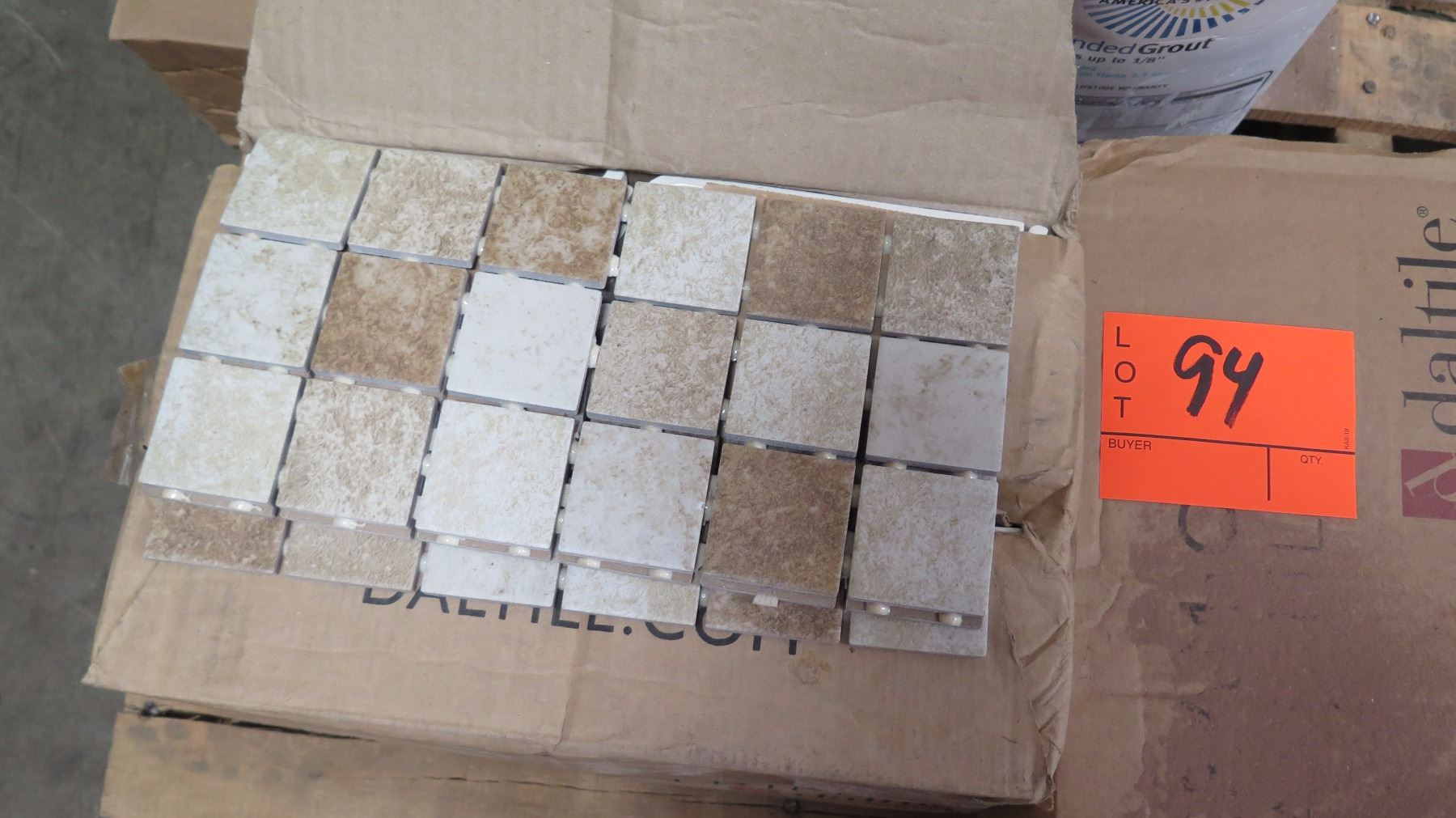 Contents of pallet ceramic tiles misc colors sizes types image 2 contents of pallet ceramic tiles misc dailygadgetfo Gallery