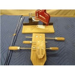 CLAMPS AND MITRE GUIDE *NO SHIPPING*