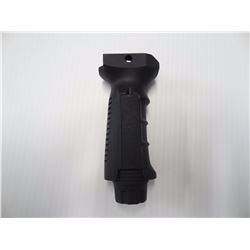UTG VERTICAL GRIP