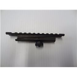 AR 15 CARRY HANDEL PICATINNY RAIL